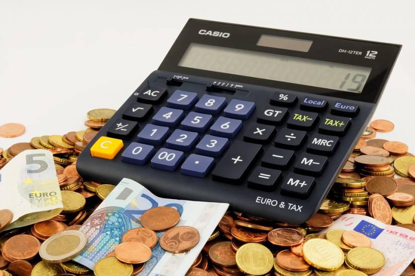 Lo Stato si divora la metà dei redditi La pressione fiscale reale è al 48,8%